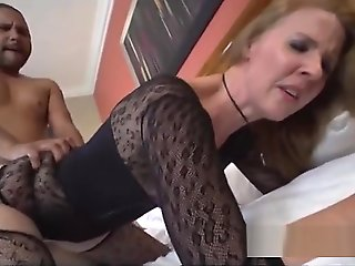 Heavenly mature woman got fucked in interracial XXX video