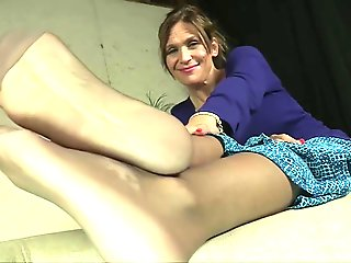 La Creme will make you cum with her feet.