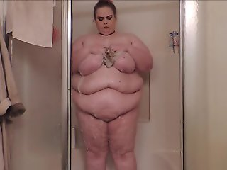 Ssbbw shower