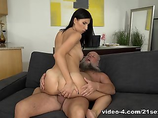 Henna Ssy & Albert in Craving Old Guys, Scene #01 - 21Sextreme